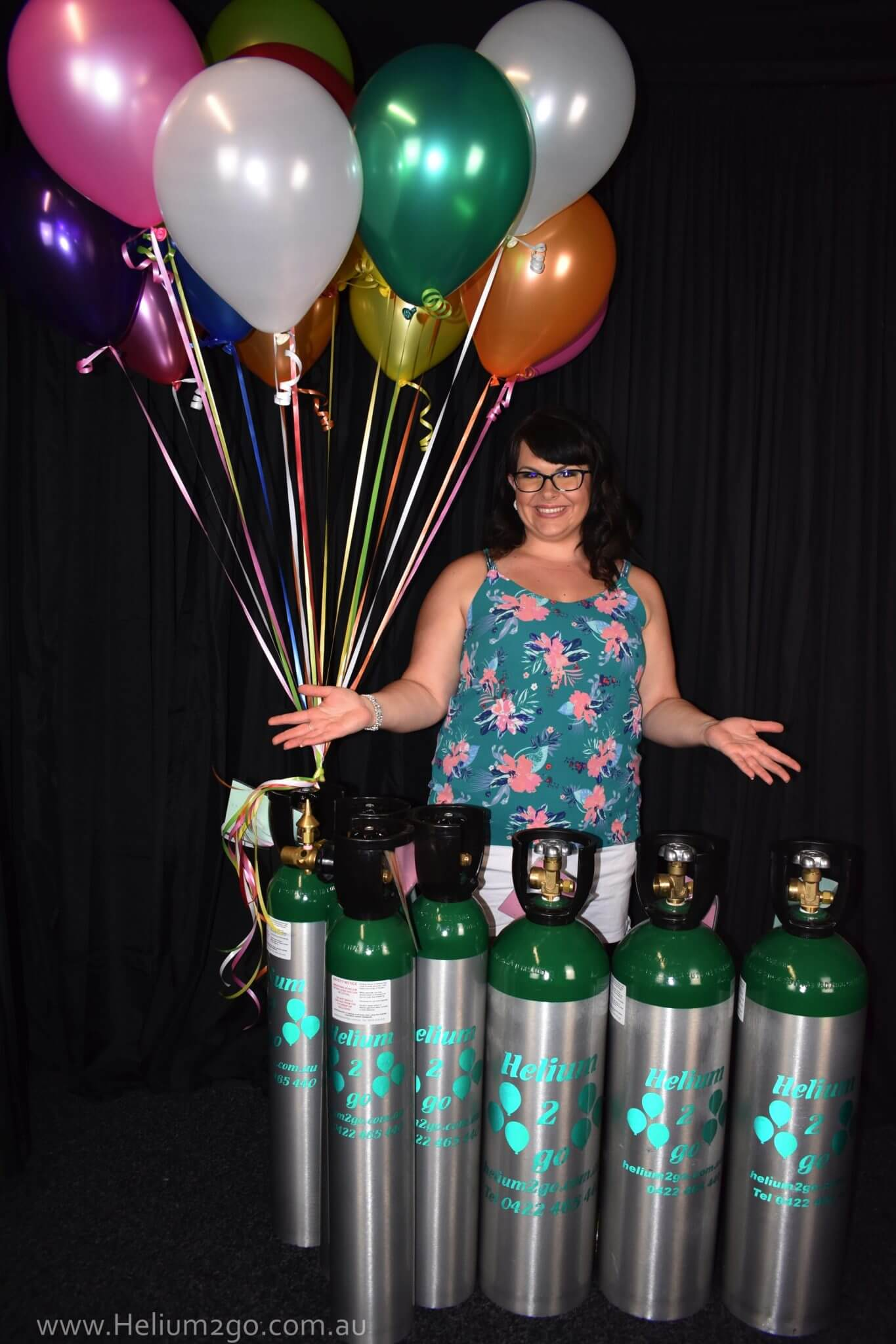 Helium Balloon Gas Cylinder Hire to inflate 200 balloons