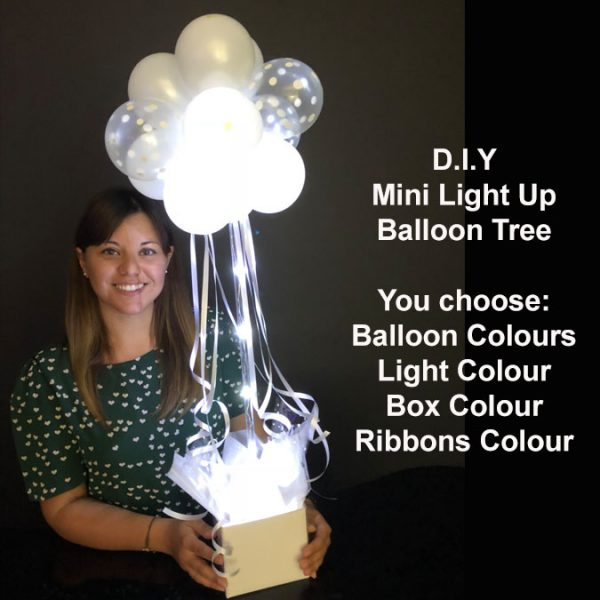 DIY Mini light up balloon tree